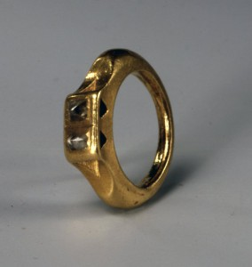 Ancient Roman ring with two uncut diamonds