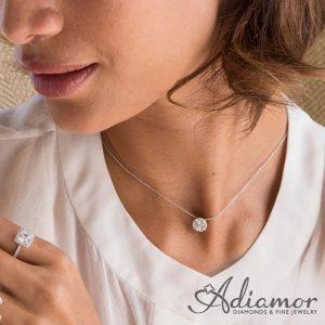 round_diamond_halo_pendant
