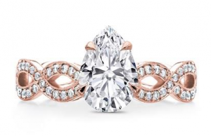 Twisted Diamond Band Basket Engagement Setting in Rose Gold